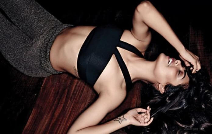 Actress Esha Gupta Sizzling Hot Photos