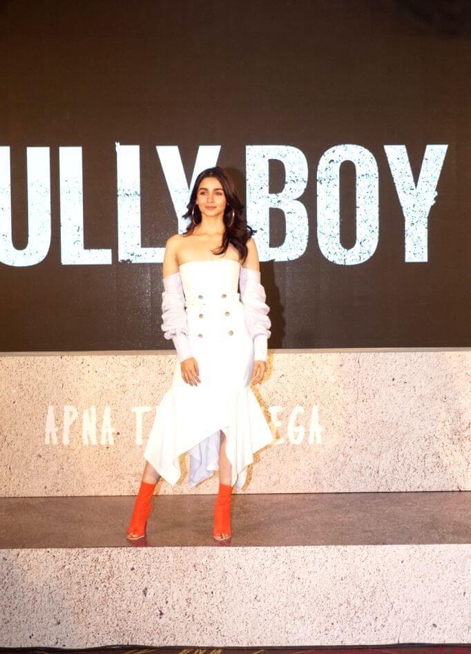 Alia Bhatt At Trailer Launch Event