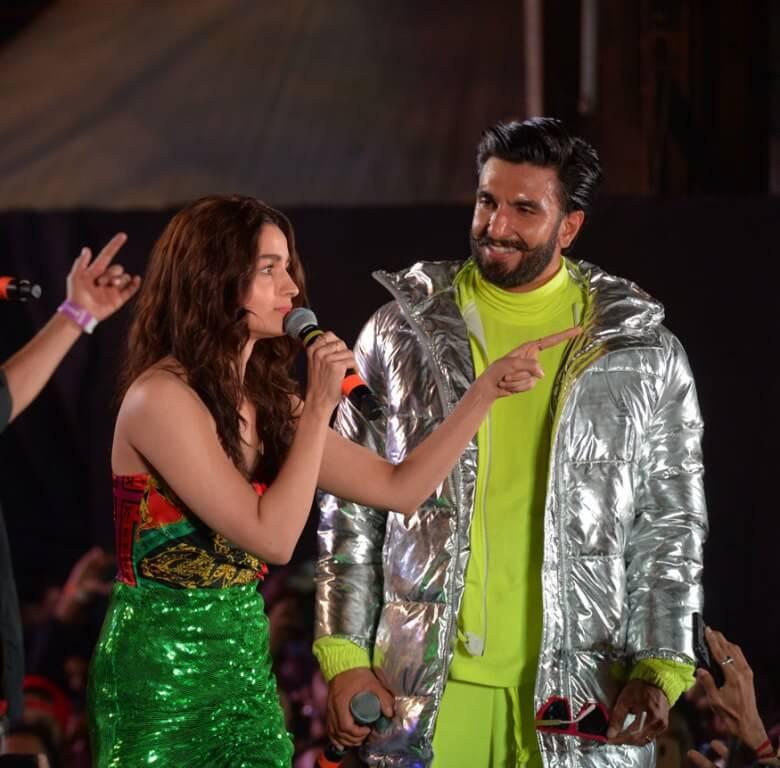 Alia Bhatt Glam Show In Green Dress At Gully Boy Promotions