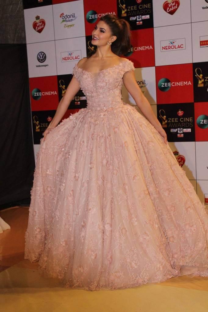 Jacqueline Fernandez At Zee Awards