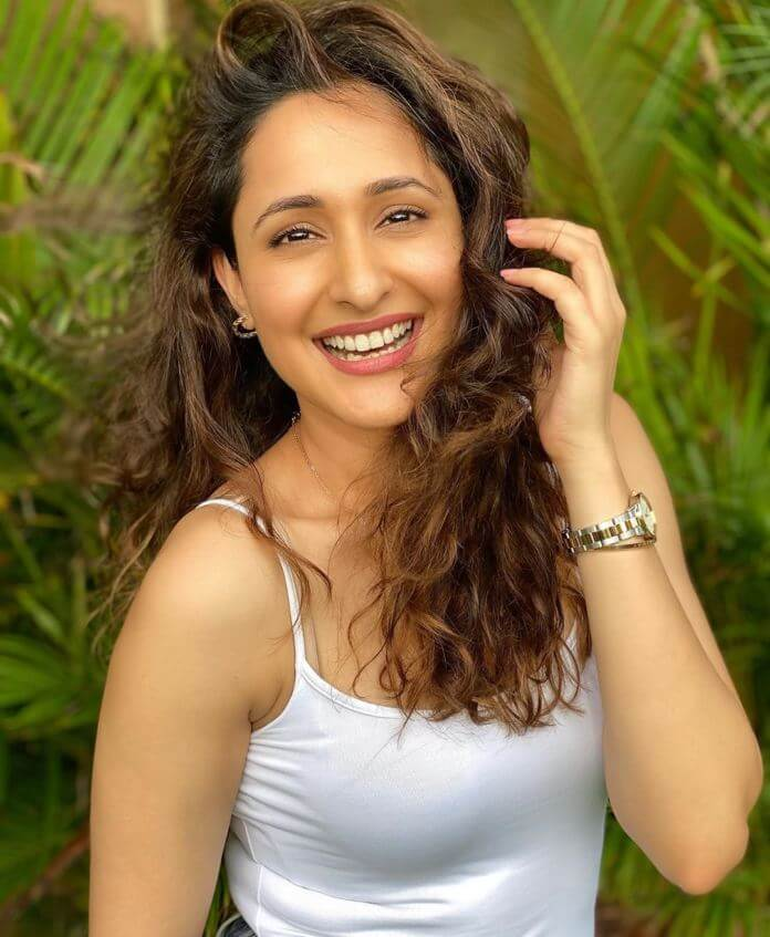 Top Photos Actress Pragya Jaiswal