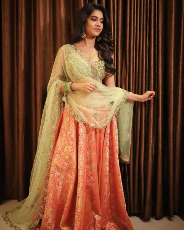 Nabha Natesh HD Pictures