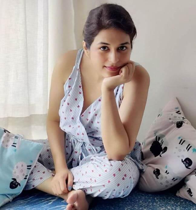 Stunning Stills Of Heroine Shraddha Das