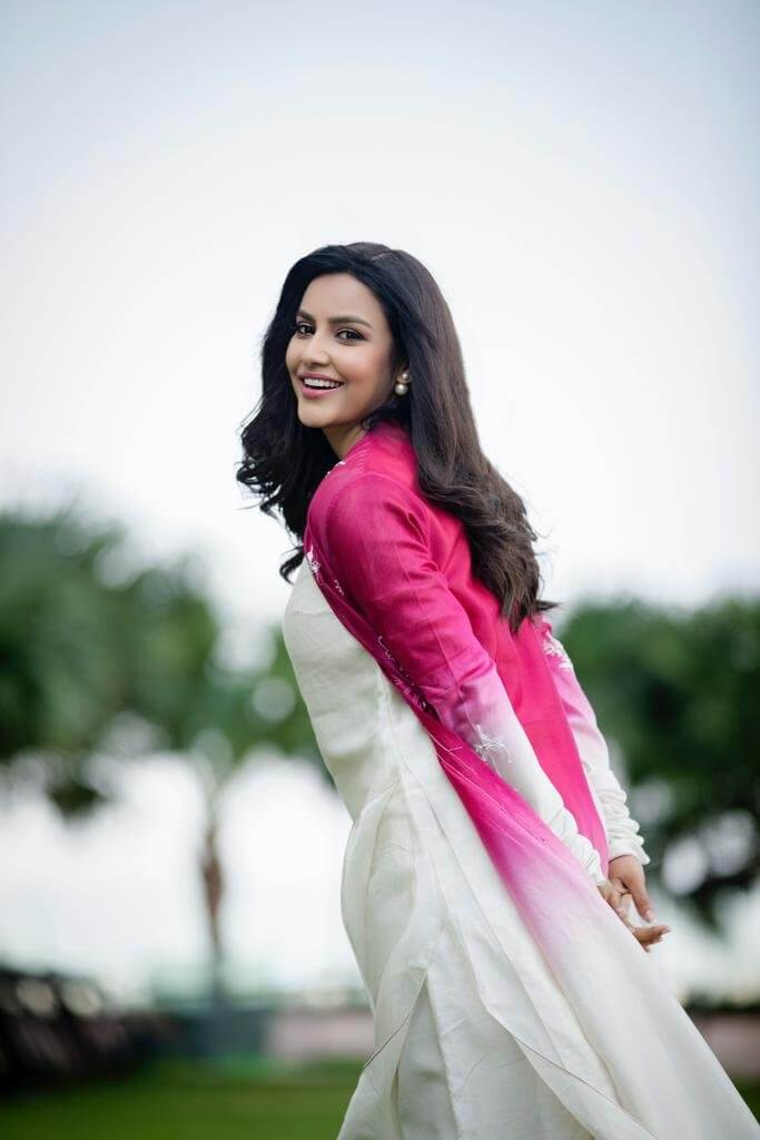 Priya Anand Latest Photoshoot Pics