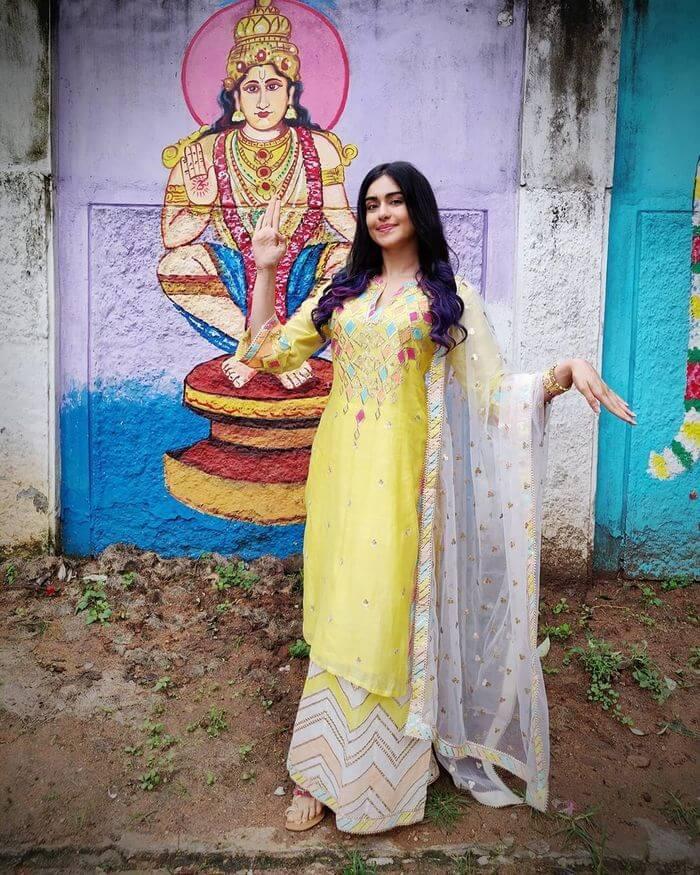 Adah Sharma Ethnic Looks
