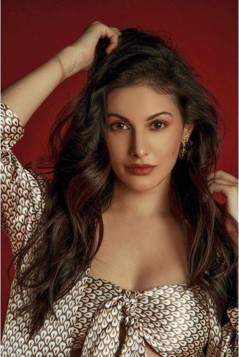 Amyra Dastur Hot Poses