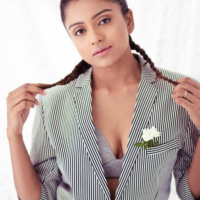 Bigg Boss Fame Vithika Sheru Latest Photoshoot Pics