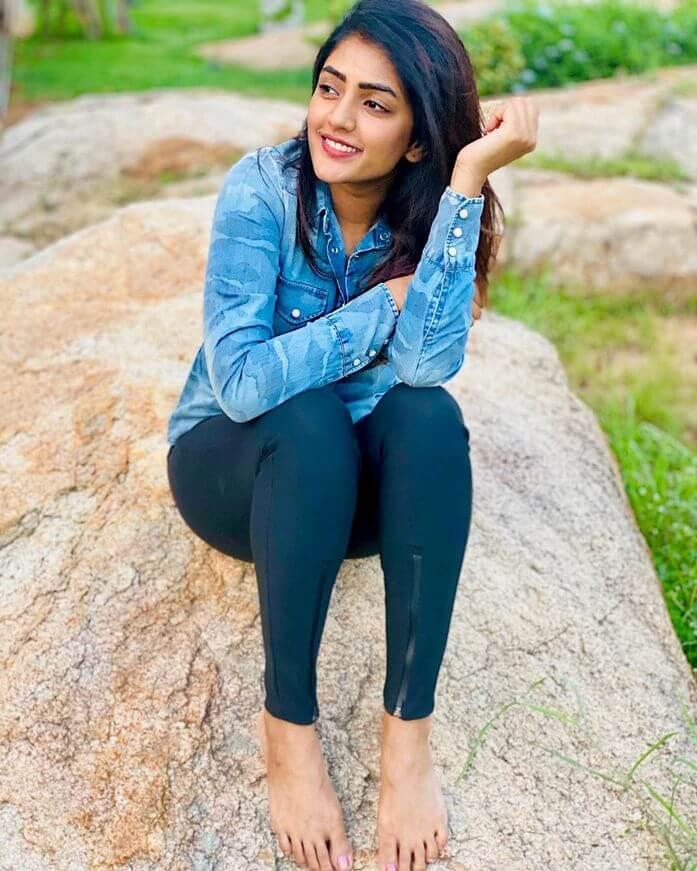 Eesha Rebba Hot Pictures