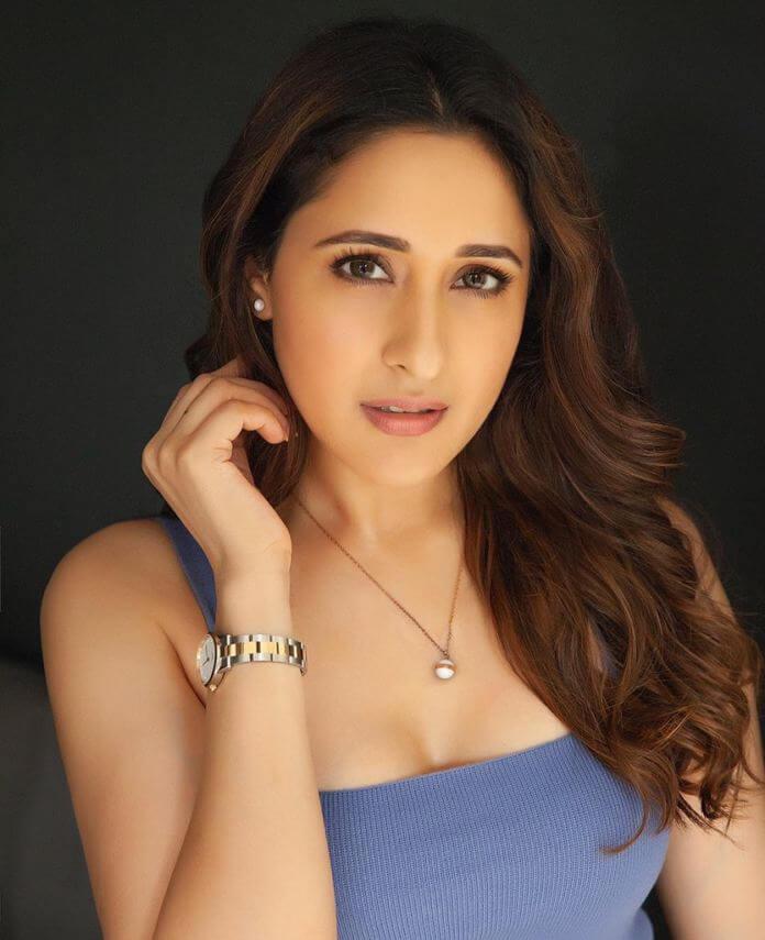 Heroine Pragya Jaiswal