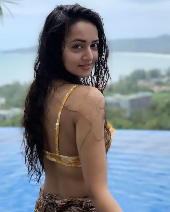 Heroine Shanvi Srivastav