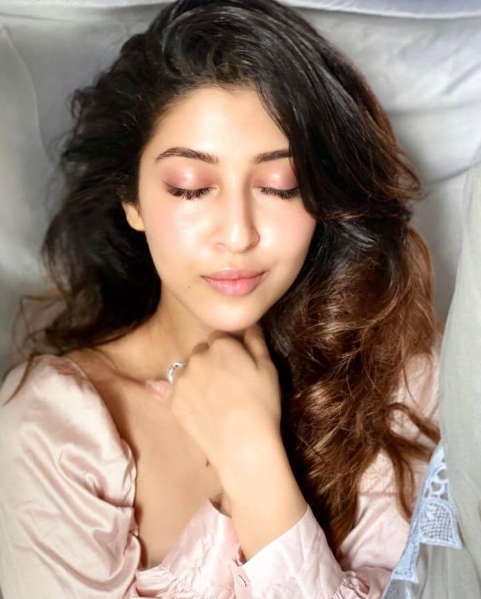 Sonarika Bhadoria Cleavage Exposing Photoshoot Pics