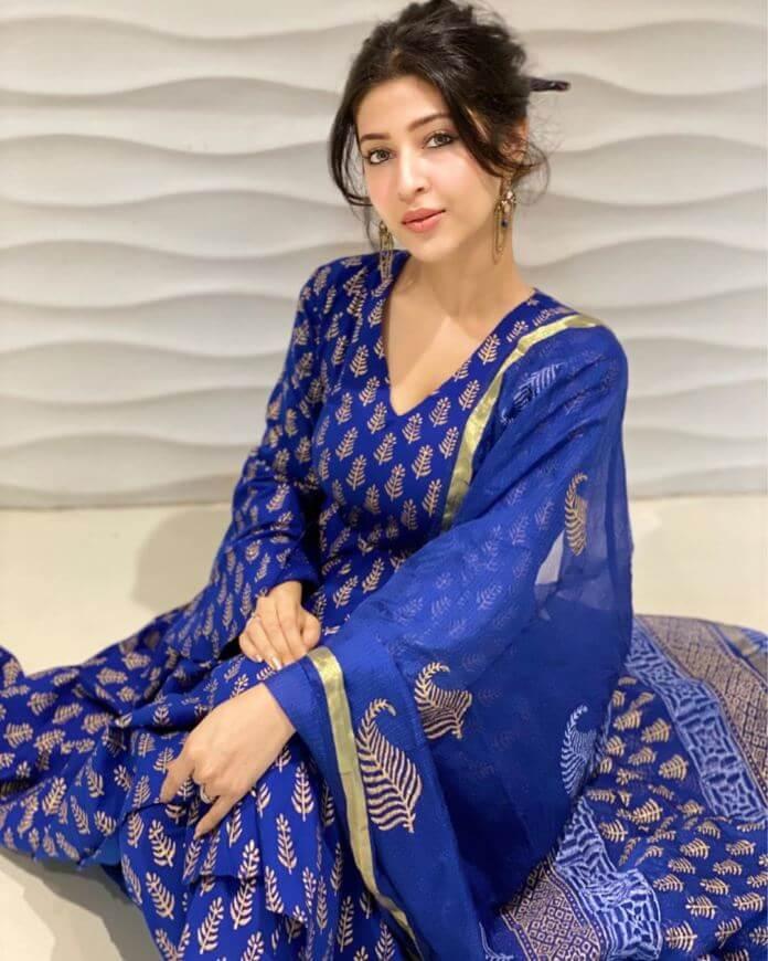 Sonarika Bhadoria Beautiful Churidar