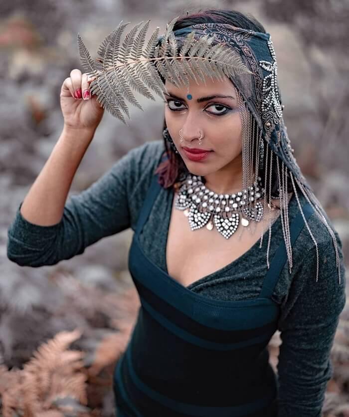 Amala Paul In Vintage Theme