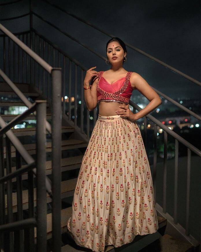 Bigg Boss 4 Fame Monal Gajjar Latest Photos