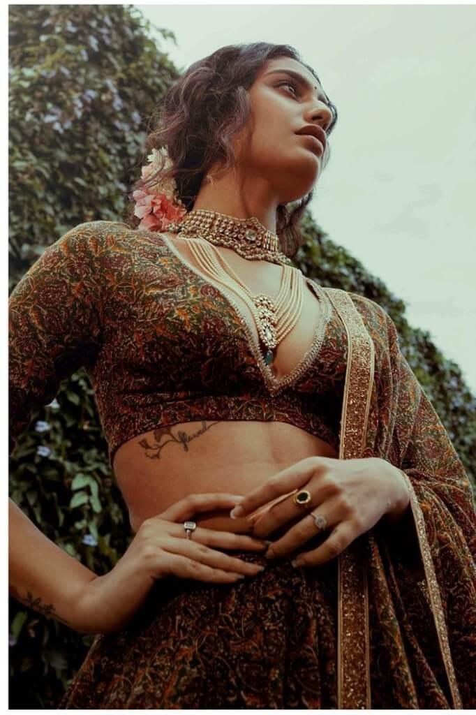 Priya Prakash Varrier Cleavage Exposing Pics