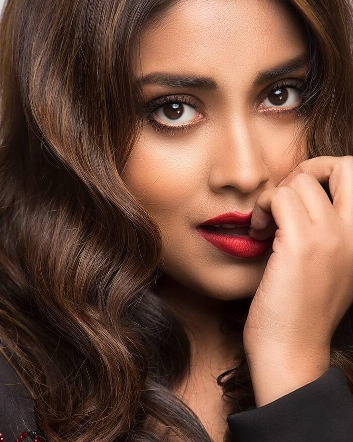 Shriya Saran HD Pics In Transparent Black Dress