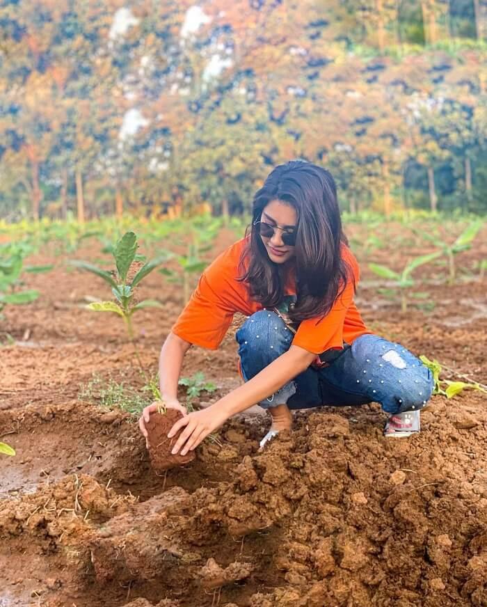 Heroine Nabha Natesh Accepts The Green India Challenge