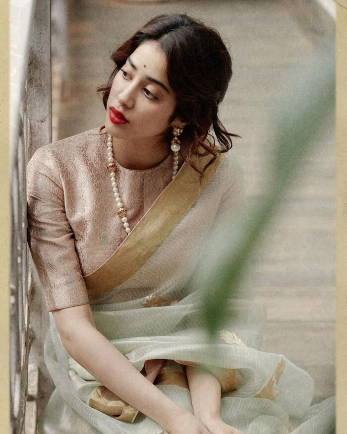 Janhvi Kapoor Traditional Photos