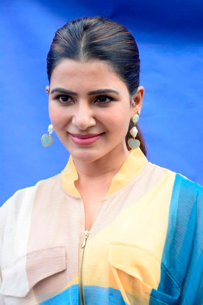 Samantha Stylish Photoshoot Pics From TV Talk Show