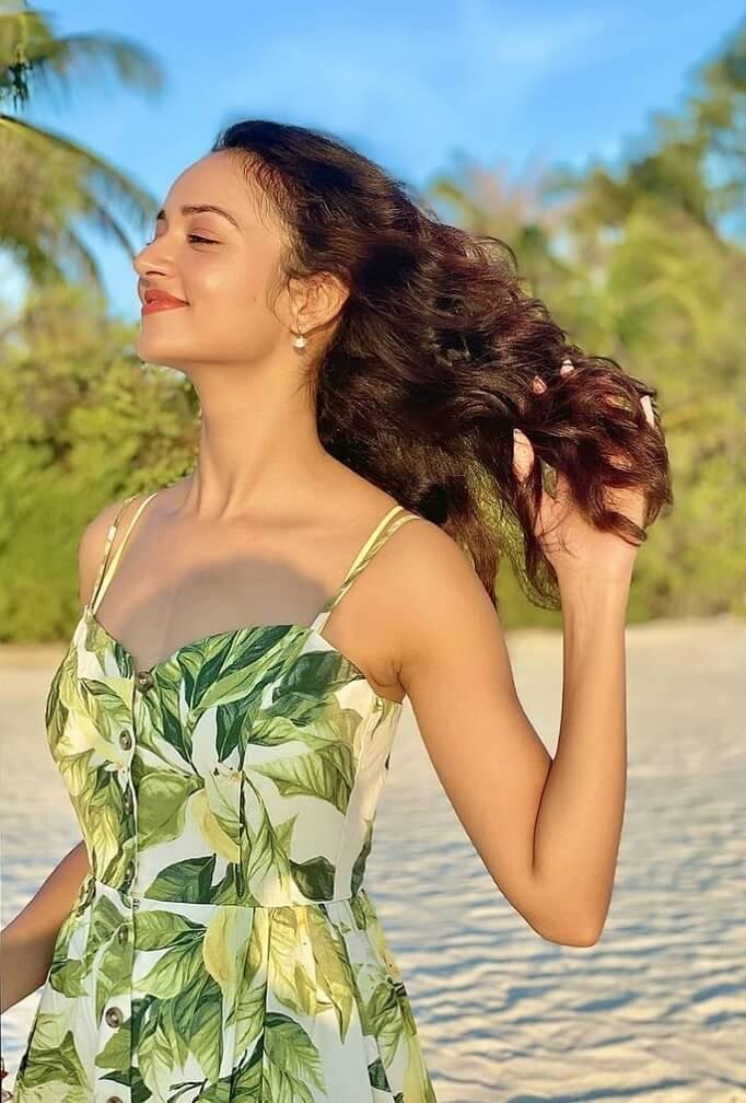 Adda Movie Actress