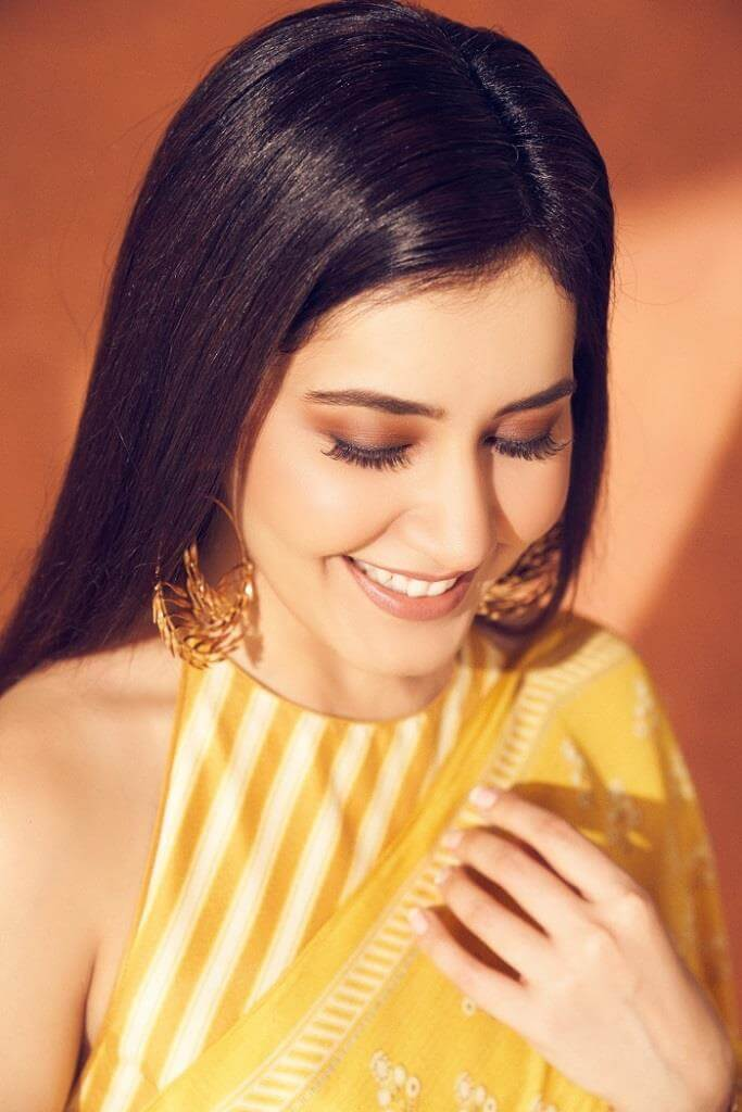 Rashi Khanna Exclusive Pics At Her Sisters Engagement