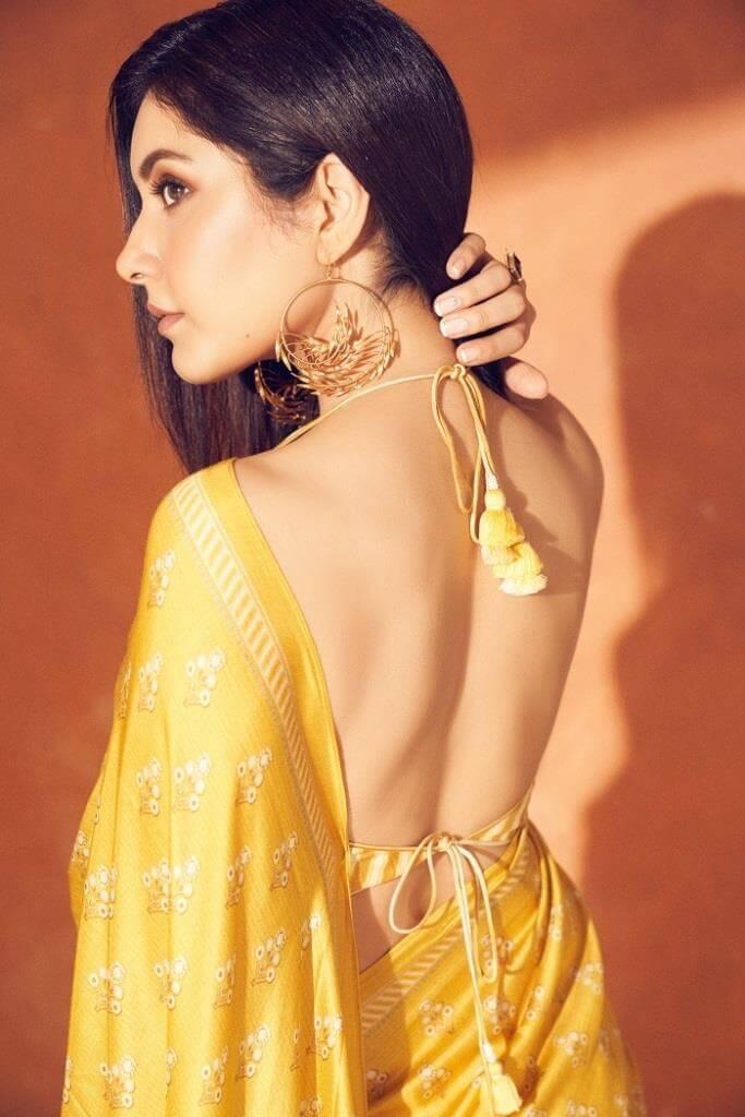 Rashi Khanna Exclusive Pics