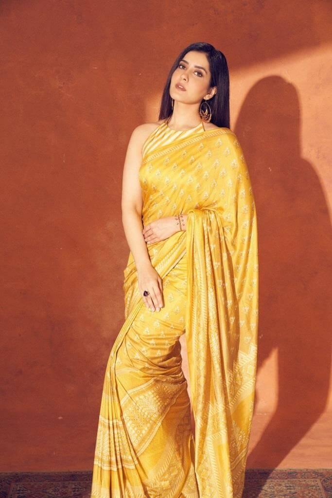 Rashi Khanna Pics At Engagement