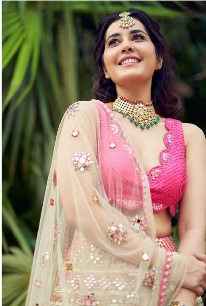Rashi Khanna Smiling Photos In Pink Lehenga