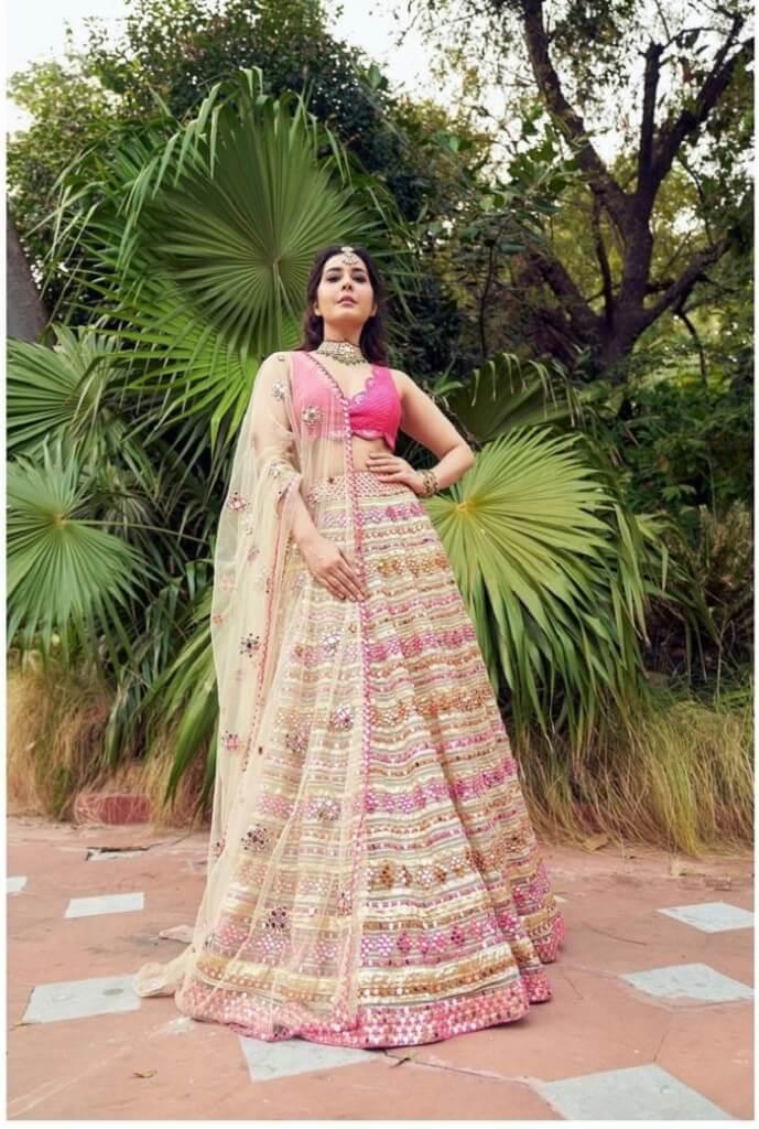 Rashi Khanna In Pink Lehenga