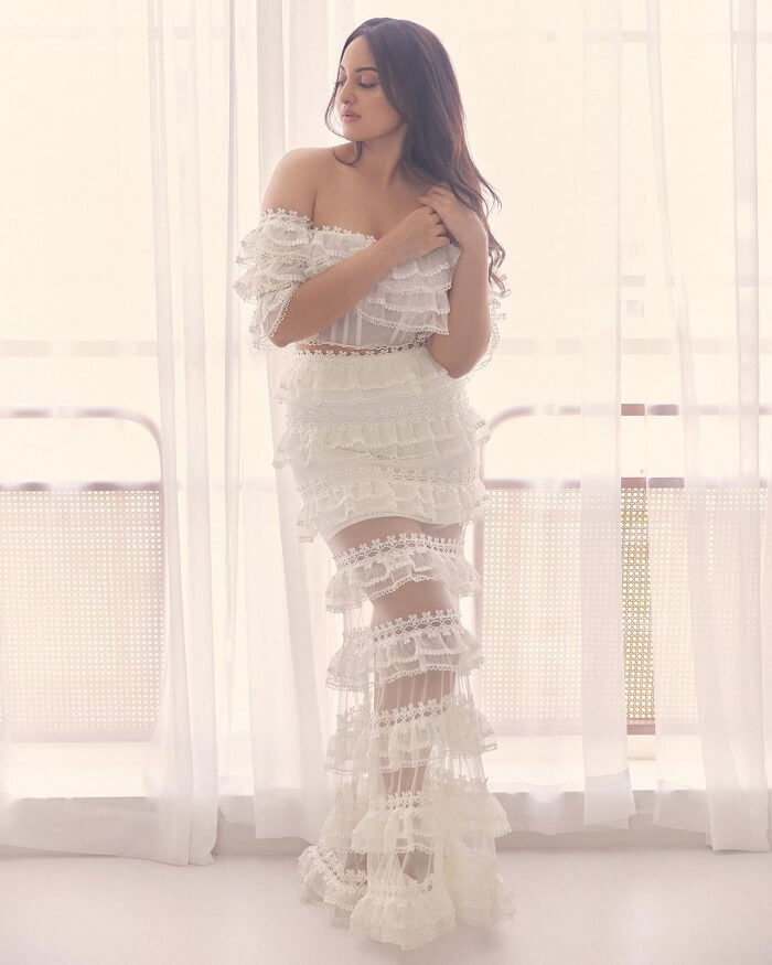Sonakshi Sinha Hot Photos In Transparent Dress