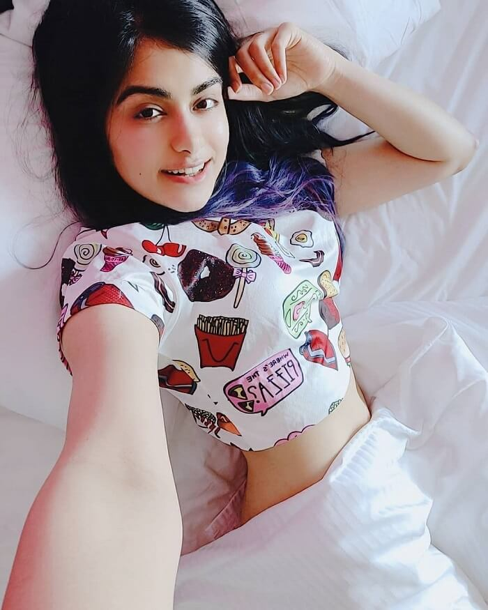 Adah Sharma Navel Pics Clicked On Her Bed