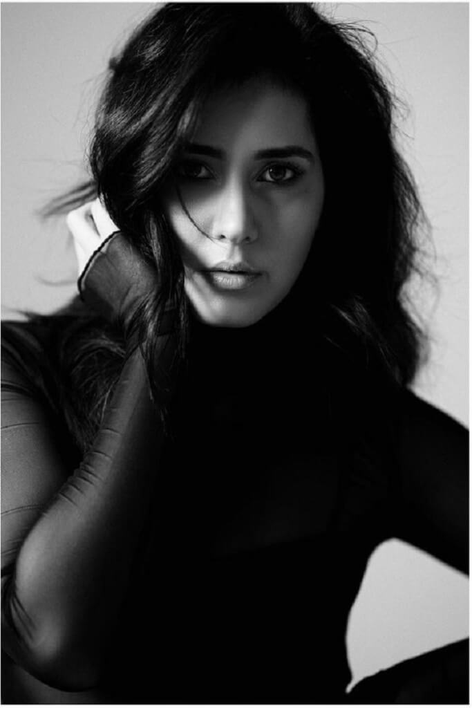 Rashi Khanna Stylish Photoshoot