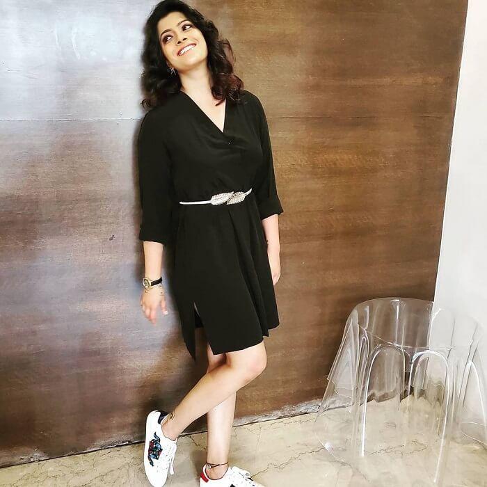 Varalaxmi Sarathkumar Hot Photoshoot