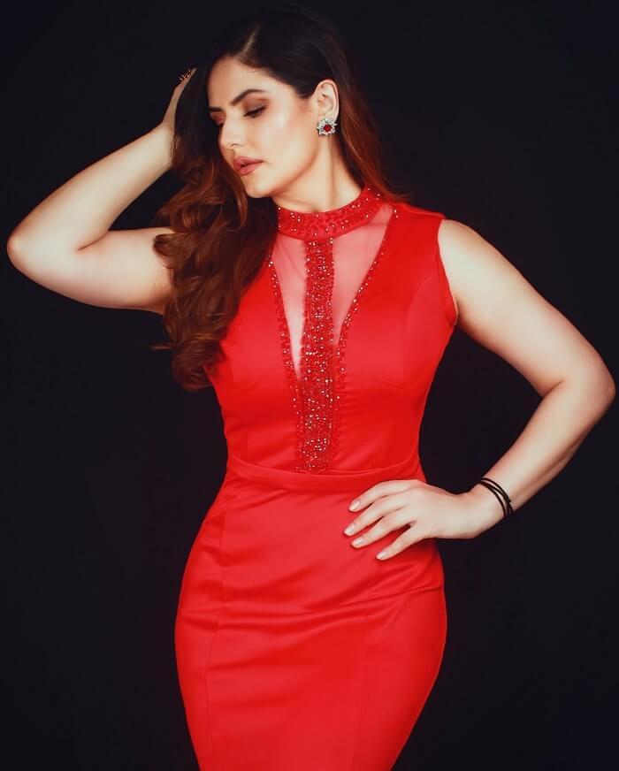 Zareen Khan Pics At Filmfare OTT Awards 2020