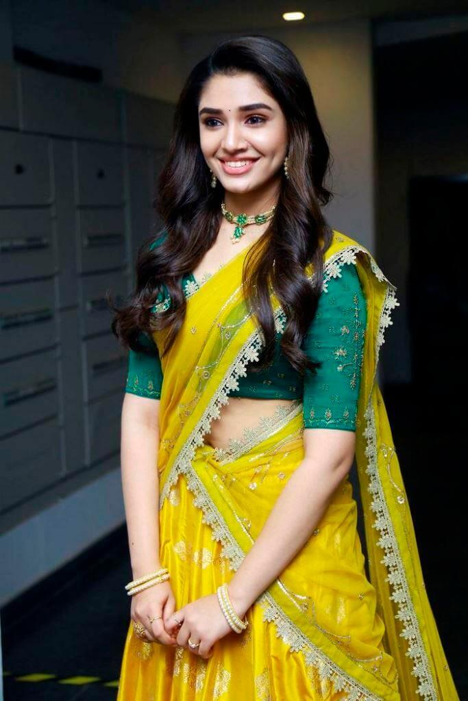 Uppena Movie Actress Kriti